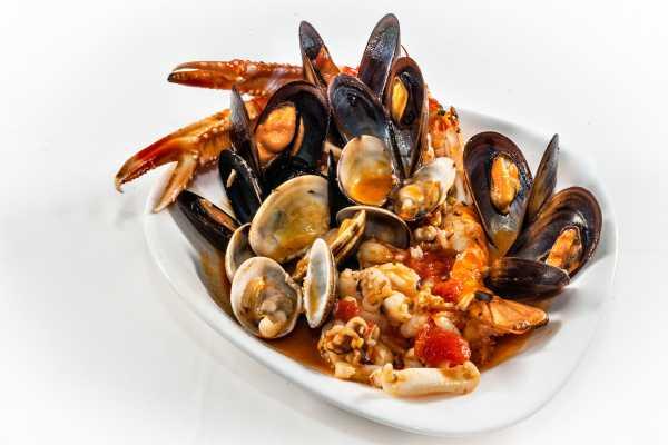 Zuppetta pescatore alla Toscanini restaurant boeucc milan